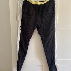 Julie Brandt bukser