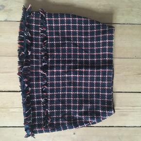 Ternet A-formet nederdel fra Zara :)