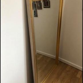Sælger dette fine spejl. B: 71. H: 132 cm