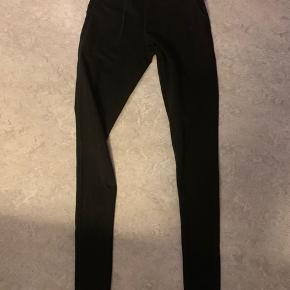Yogamii tights with strings