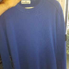 Fin stone island sweater. I XL byd