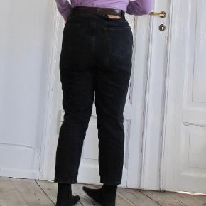 Mom jeans fra Zara i god stand  100% bomuld  #30dayssellout