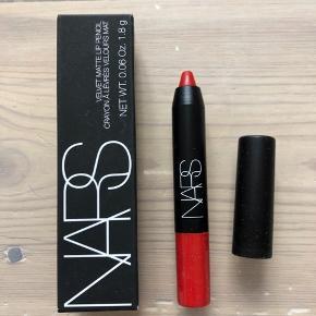 Nars Velvet Matte Lip Pencil i farven Dragon Girl  Ny og ubrugt - stadig i æske