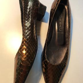 Italiensk sko - Lorbac - brugt 2 gange - flot  Pumps Farve: Bronze
