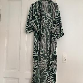 Weekday kimono
