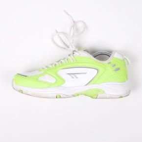 Hi-Tec sneakers Str 40 Stand: god, men brugt 249 kr.  UAS77