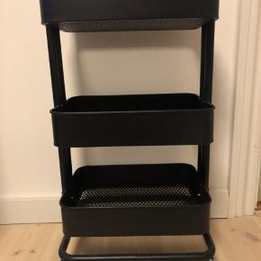 Ikea - Rullebord/reol