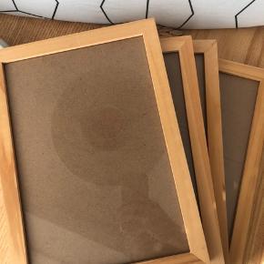 Fire identiske egetræsbillederammer   Prisen er for 4 stk
