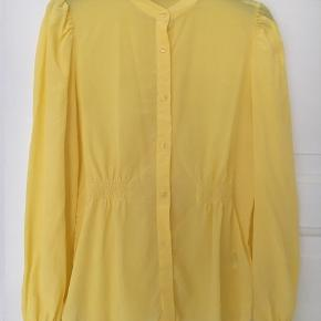 Smukkeste silkeskjorte!