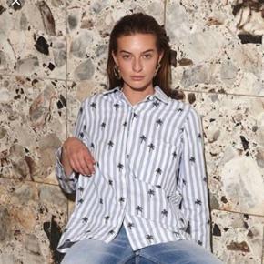 Raiine skjorte