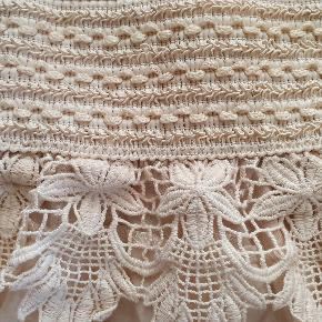 Smukke shorts fra Buch Copenhagen som er aldrig blevet brugt. De passer perfekt til en tur på stranden eller en varm sommerdag.