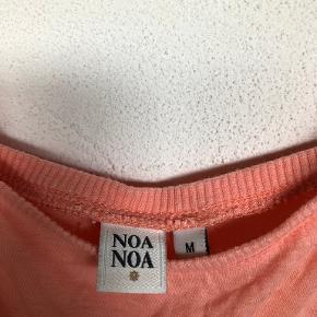 Noa Noa top