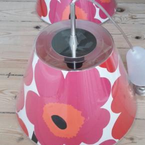 Le Klint loftslampe med Marimekko skærm, der kan udskiftes. Kun en tilbage:) Sendes ikke
