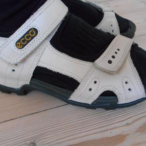 Ecco sandaler