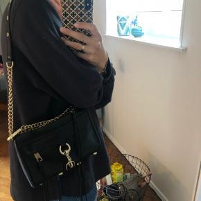 Sælger denne fine Rebecca Minkoff taske ø. Np. 1995. Så god som ny, meget lidt slitage.  Byd