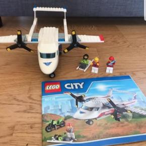 Mangler du lego?? Meget haves, spørg herom. Der er Lego friends, city og creator.