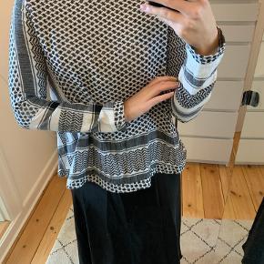 Super fin bluse fra Cecilie Copenhagen. Brugt men stadig i super fin stand