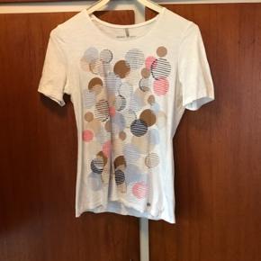 Gerry Weber t-shirt Brugt og vasket et par gange Næsten som ny #30dayssaleout