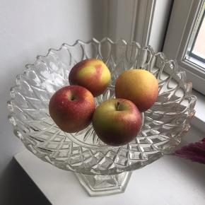 Krystalopsats til frugt, slik etc. 25 cm høj og 25 cm diameter - ingen skår eller fejl