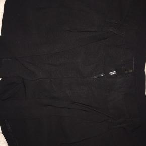 Flotte shorts med bindebånd, sælges da de dsv. er for store