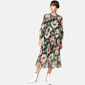 """Super flot kjole """"Hannah dress"""" fra Résumé. Aldrig brugt."""