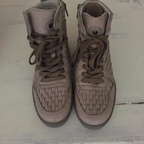 Støvler fra Ca'Shott sælges. Aldrig brugt.  Nypris 1200kr.
