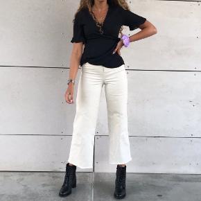 Sælger hele sættet 💗🌸 Jeans fra h&m 34 og slå-om top fra Zara str s