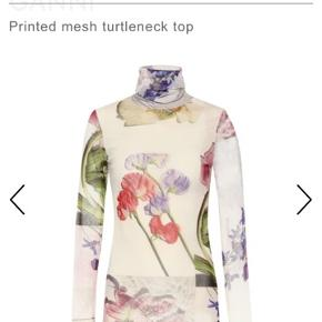 Printed mesh ganni trøje fra den nye kollektion. Str 36 aldrig brugt :-) np 700, mp 500