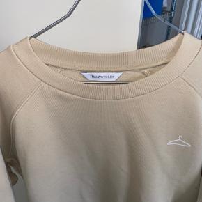 Holzweiler sweater