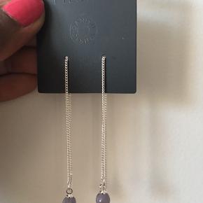 Super fine sølvbelagte øreringe - var en gave som ikke lige faldt i min stil:)