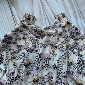 Flot skjorte-bluse fra Rue De Femme. Aldrig brugt  #GøhlerSellout