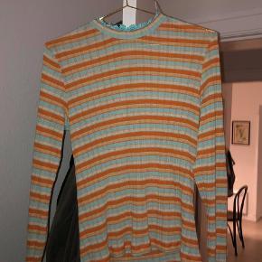 Fin Stine Goya-bluse. Aldrig brugt, aldrig vasket.