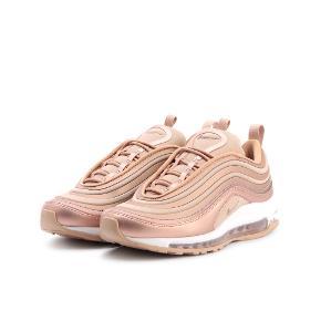 Nike Air max 97 i rose Gold, har få skrammer men intet man ligger mærke til vil jeg sige