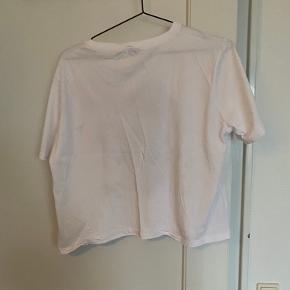 Fed t-shirt, aldrig fået brugt :)