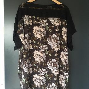 Silke kjole/tunika i oversize model 😊