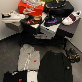 Sælger en helt masse Vis interesse af nogle af mine ting kan de købes på min insta: nln_sellout  Tags: Gucci Valentino Balenciaga Dior Hermés Nike Adidas Stone Island