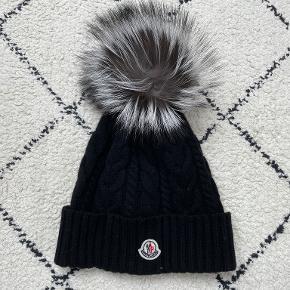 Moncler hat & hue