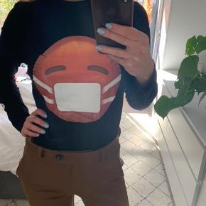 Sælger denne fede trøje fra Ganni i en str M. Standen er rigtig fin 🍏