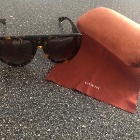 Ganni solbriller