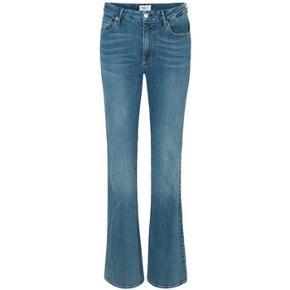 Global Femme jeans