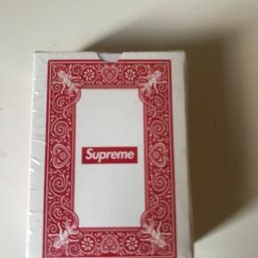 Supreme accessory
