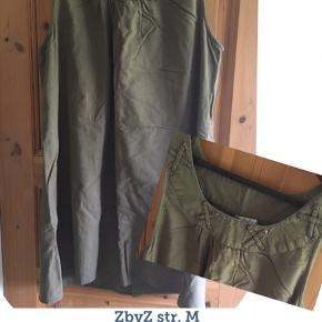 ZbyZ str. M BM: 128 cm L : 94 cm 100% bomuld (hør-agtig) Farven er som på det lille billede.   Sender gerne med DAO😊