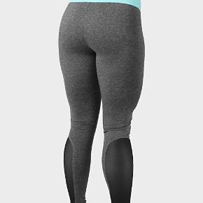 Tights fra Better Bodies i str small med fede mesh detaljer på benene sælges. Aldrig brugt, blot vasket.   Har al al alt for meget træningstøj, så sælger lidt ud 😊