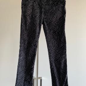Fine bukser str 5 år