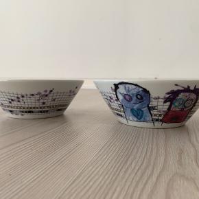 To skåle fra Poul Pava. Skålene er 17 cm. i diameter.