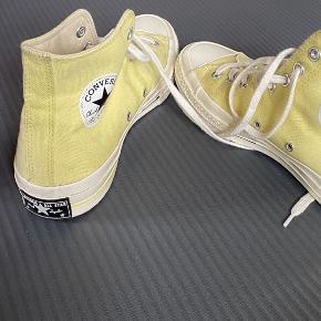 Converse, High tops, god stand Skriv gerne:)