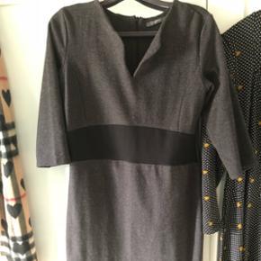 Kleid von Esprit Größe L ca 40/42Einmal getragen. Hoher Neupreis Versand +9.-