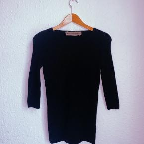 Holly Golightly sweater