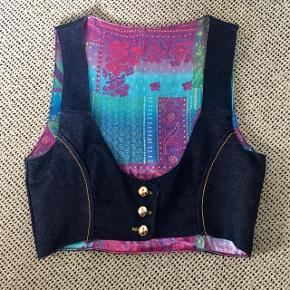 Homemade cowboy vest med silke fór - aldrig brugt, kom gerne med realistisk bud 👚
