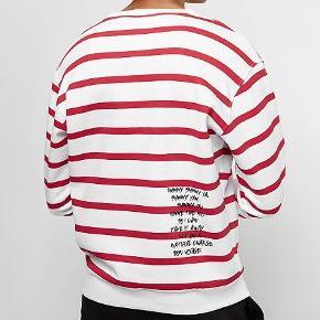 Sælger denne fede SNIPES sweatshirt, den er lavet i collab med rapgruppen WU-TANG CLAN. Har desværre ikke kvitteringen.
